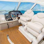 is a Sea Ray 48 Sundancer Yacht For Sale in San Diego-12