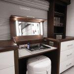 Hatteras 105 Raised Pilothouse Master Vanity