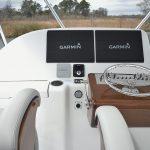 Hatteras GT45 Express Flybridge Helm