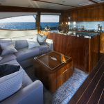 Hatteras GT59 Full Salon Dark