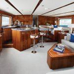 Hatteras GT70 Full Salon