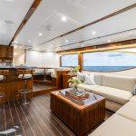Hatteras GT70 Enclosed Bridge Full Salon