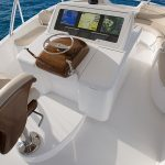 Viking 92 SkyBridge Helm