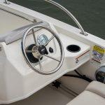 Boston Whaler 160 Super Sport Helm