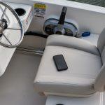 Boston Whaler 160 Super Sport Helm Seating