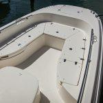 Boston Whaler 270 Dauntless Bow