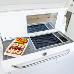 Boston Whaler 345 Conquest Grill
