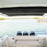 Boston Whaler 345 Conquest Engines