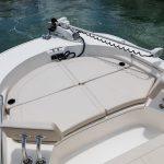 Boston Whaler 210 Montauk Bow