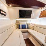 Boston Whaler 350 Realm Lounge