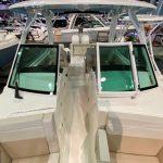 Boston Whaler 280 Vantage Helm