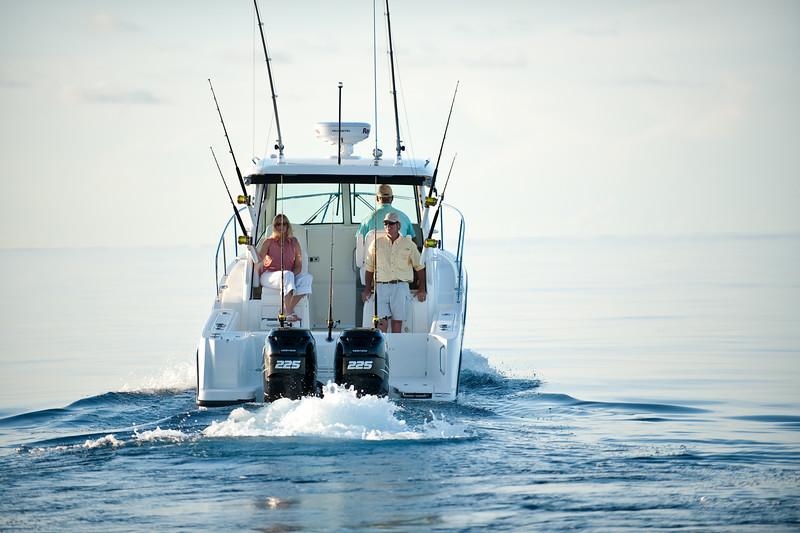 Boston Whaler 285 Conquest Running