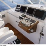 Cabo 52 Express Helm