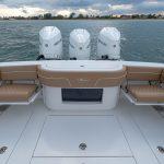 Valhalla Boatworks V 33 Stern Tri-Engines