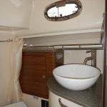 Boston Whaler 345 Conquest Pilothouse Head