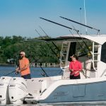 Boston Whaler 325 Conquest Fishing