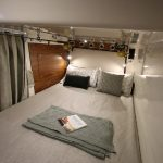 Boston Whaler 405 Conquest Stateroom