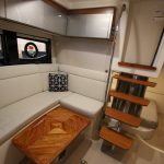 Boston Whaler 405 Conquest Lounge