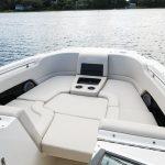 Boston Whaler 270 Vantage Bow