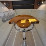 Boston Whaler 325 Conquest Table