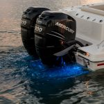 Boston Whaler 280 Outrage Engines