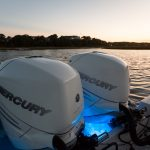 Boston Whaler 330 Outrage Engines