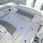 Boston Whaler 330 Outrage Stern