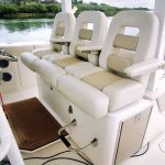 Boston Whaler 380 Outrage Helm Seating