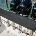 Boston Whaler 350 Outrage Engines