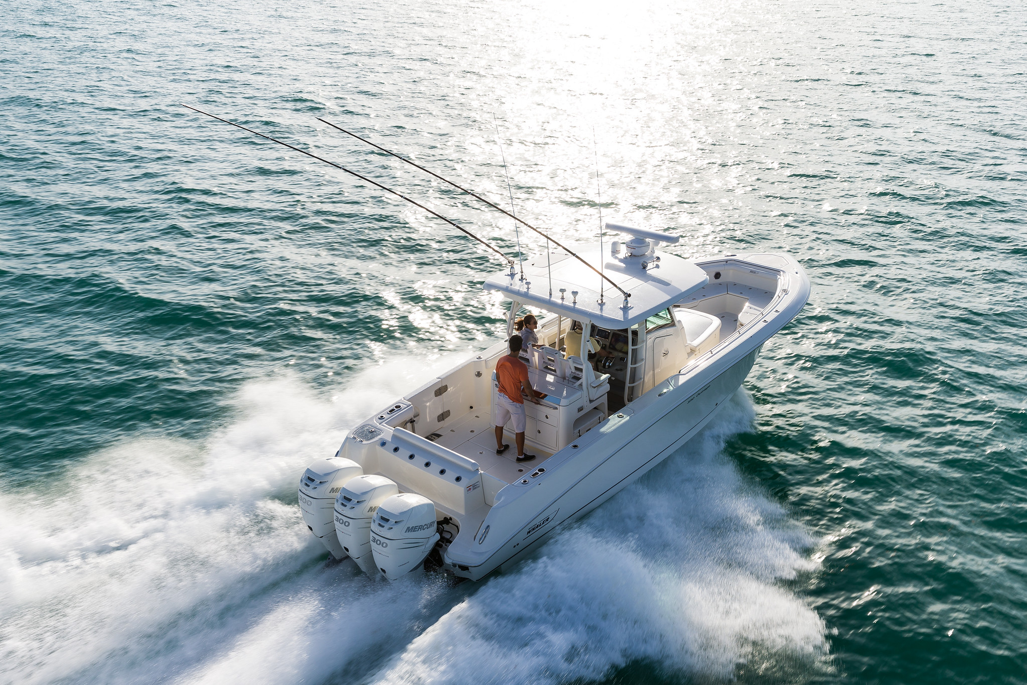 Boston Whaler 350 Outrage Running