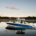 Boston Whaler 330 Outrage Running