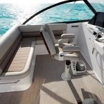 Cabo 41 Expressm Helm Seating