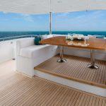 Ocean Alexander 100 Flybridge Seating