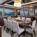Ocean Alexander 100 Flybridge Dining