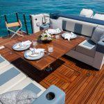 Ocean Alexander 45 Divergence Sport Stern Table