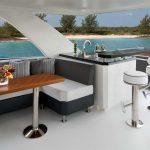 Ocean Alexander 70 Motoryacht Lounge