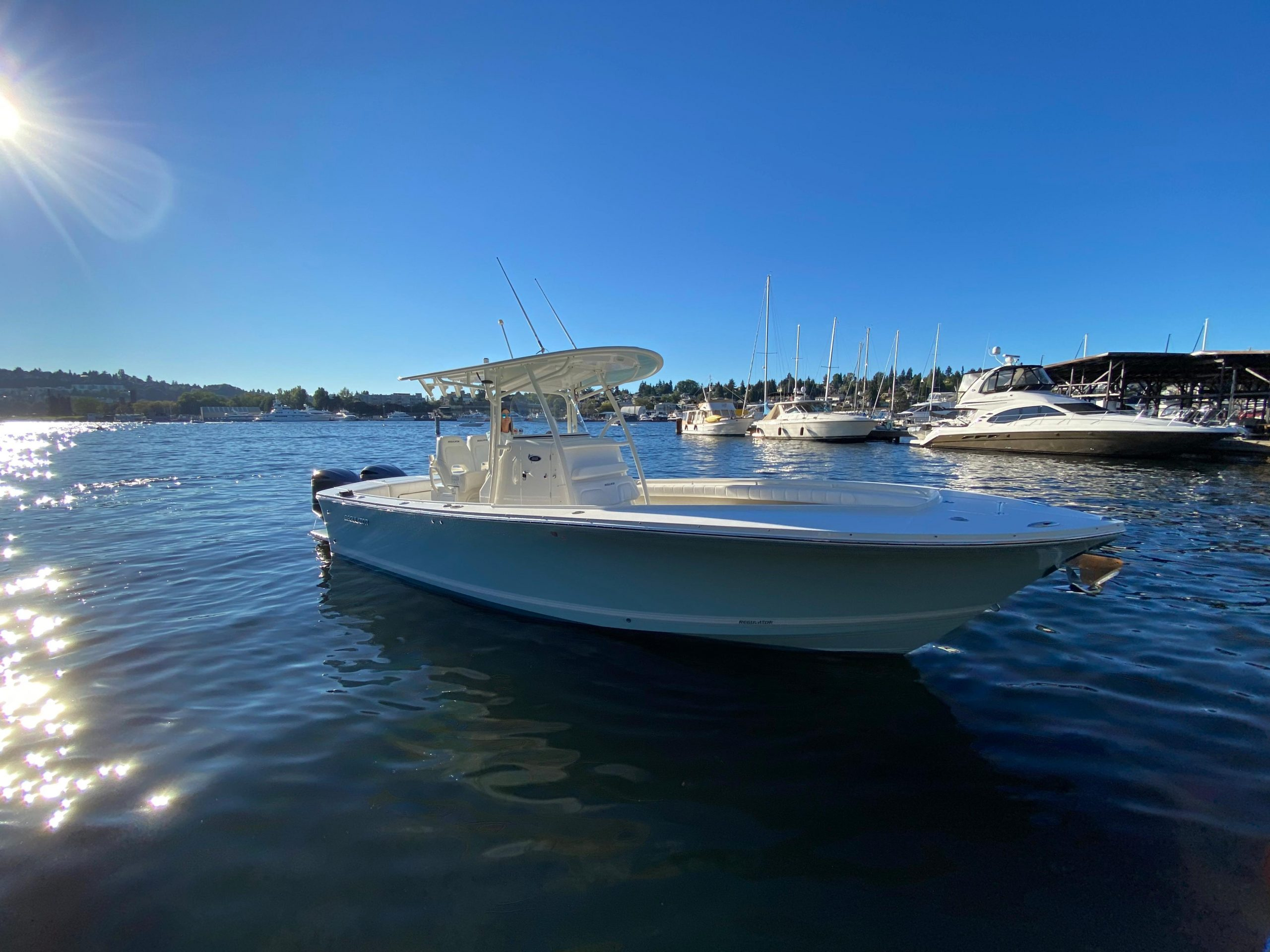 is a Regulator 28 Yacht For Sale in Seattle-0