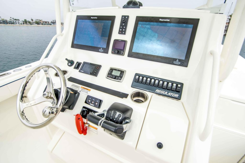 the console of the Regulator 34SS